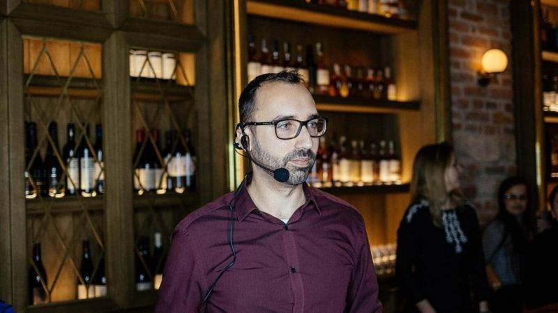 Aleks Vladimirov delivering business workshop in Prague, Czech republic.